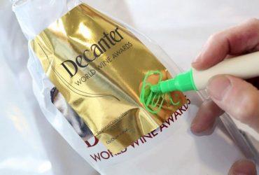 DWWA-gold-being-signed-1220x807-1024x677
